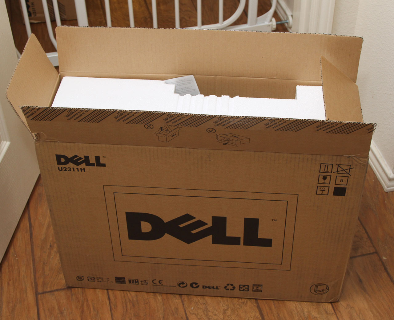 Dell U2311H LCD monitor box